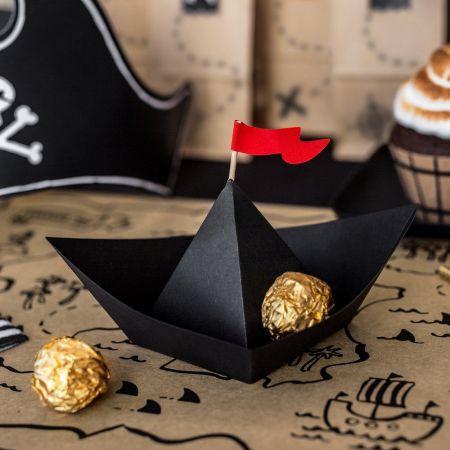 """6 bateaux en papier """"pirate"""""""