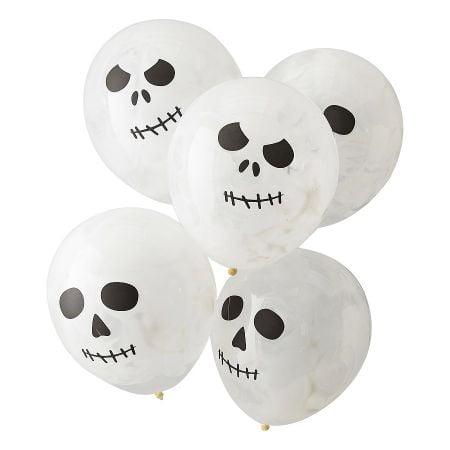 5 ballons blancs...