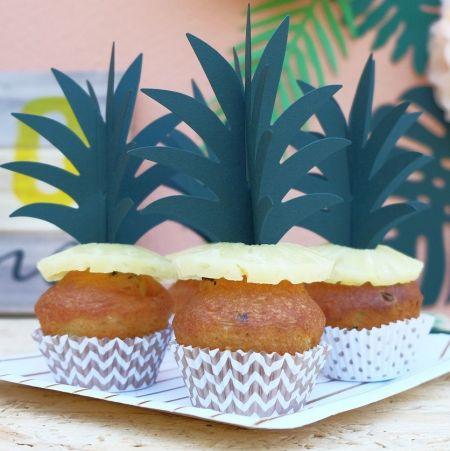 8 pics à gâteaux  FLAMINGO