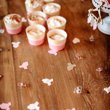 100 confettis body roses