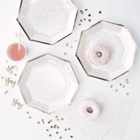 8 assiettes blanches pois rose gold