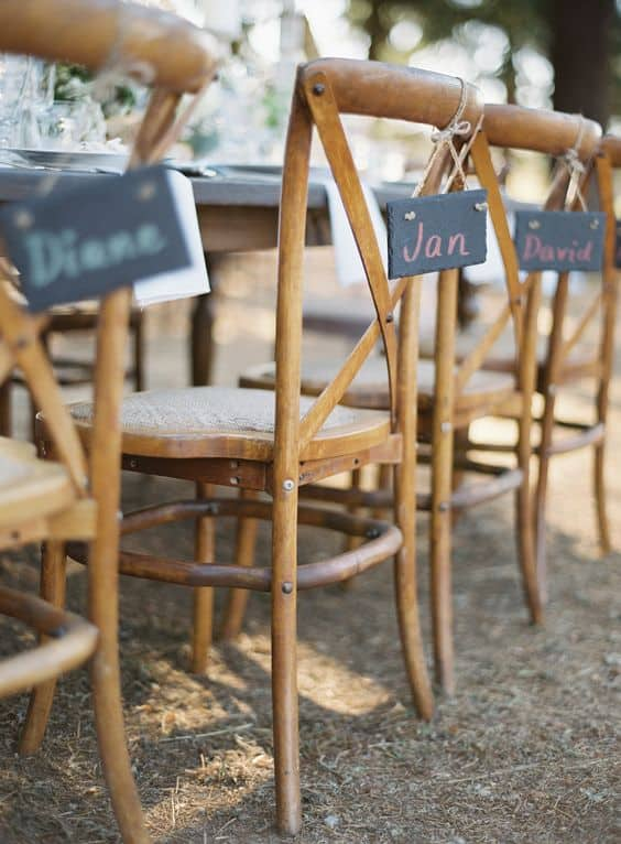 deco chaises mariage marque place