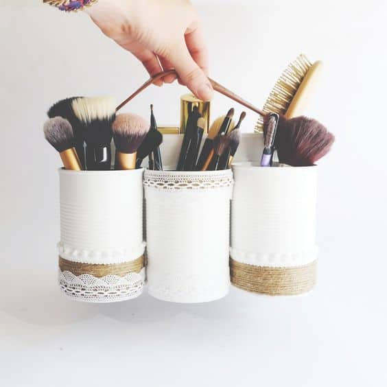 Diy 5 id es canons pour recycler vos bo tes de conserve save the deco - Ranger son maquillage ...