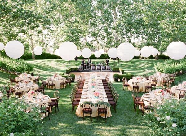 Unforgettable Garden Wedding Decor: 5 Conseils Pour Une Garden Party Colorée RÉ-USSIE!